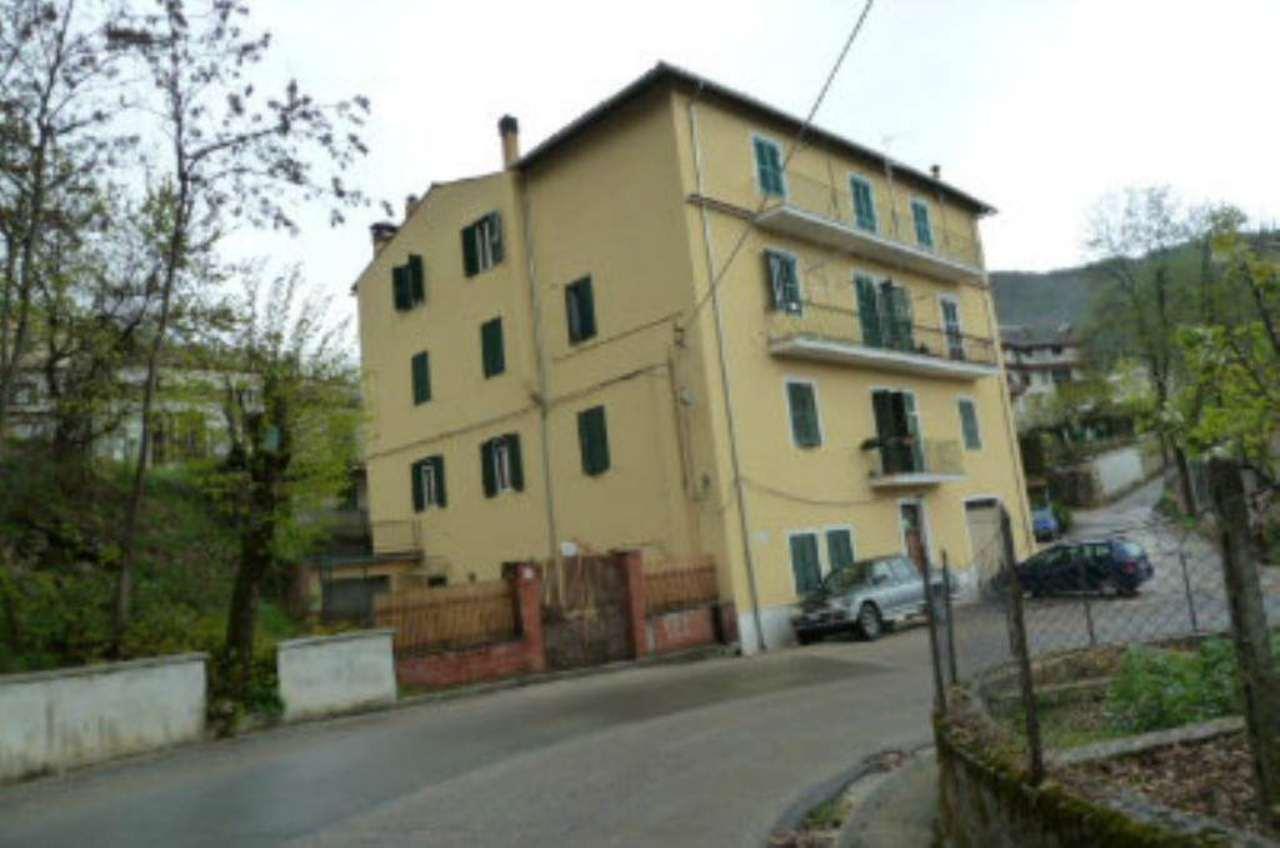 Appartamento in vendita a Pereto, 3 locali, prezzo € 45.000 | Cambio Casa.it