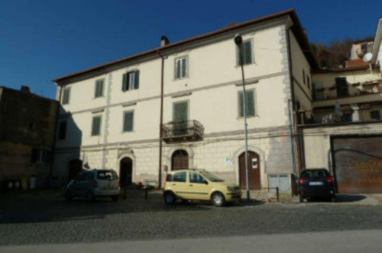 Appartamento in vendita a Carsoli, 4 locali, prezzo € 70.000 | Cambio Casa.it