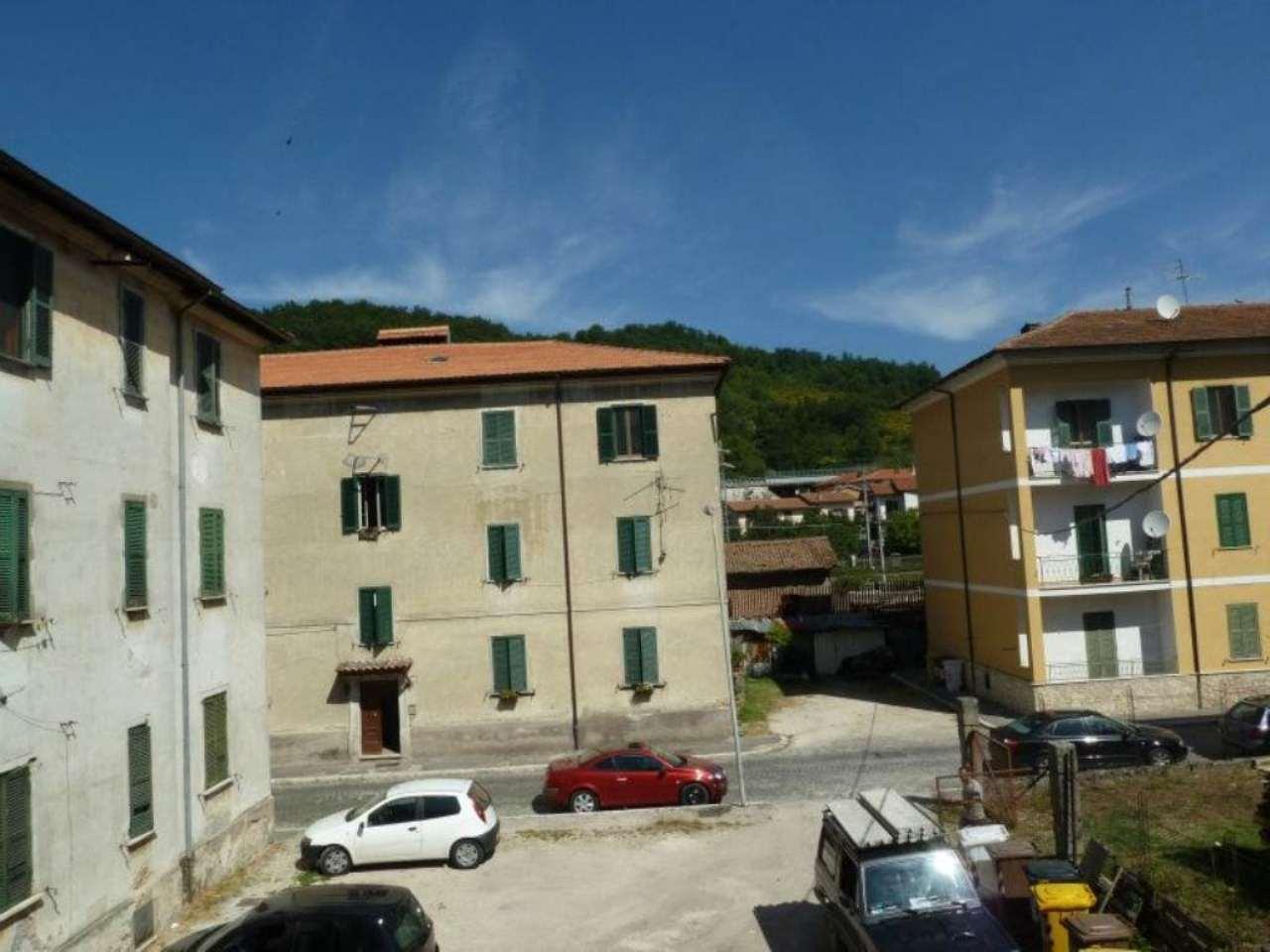 Appartamento in vendita a Carsoli, 6 locali, prezzo € 135.000 | Cambio Casa.it