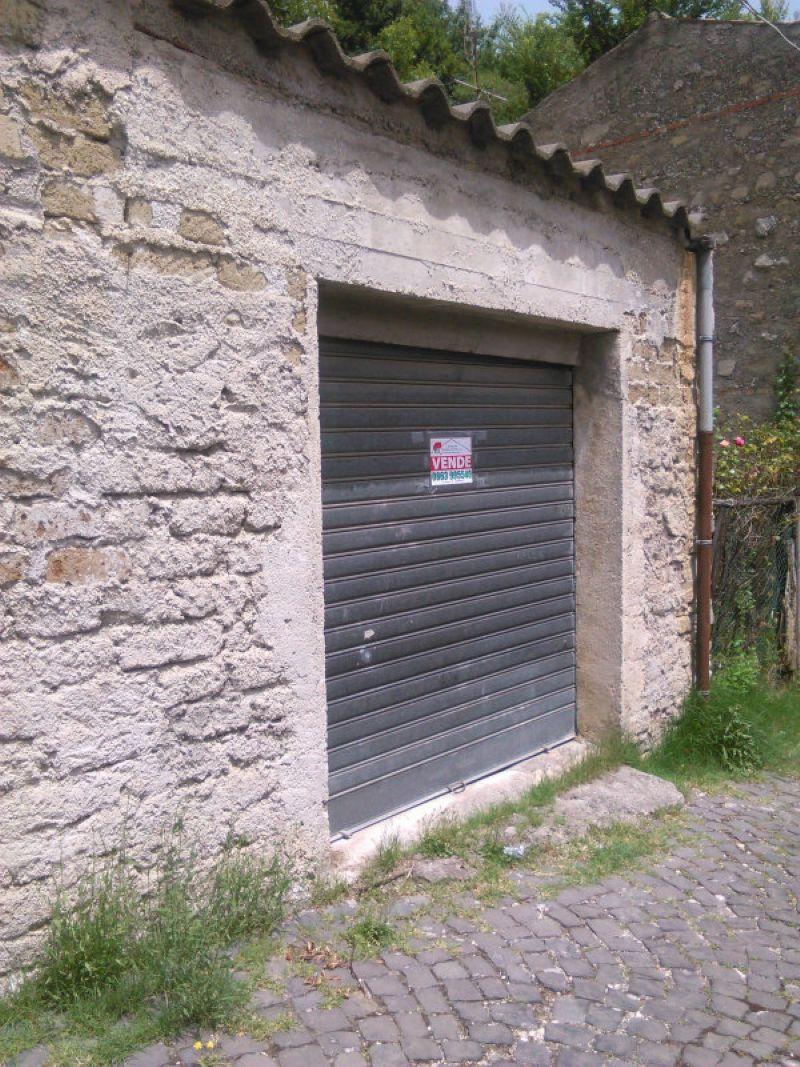 Box / Garage in vendita a Carsoli, 2 locali, prezzo € 20.000 | CambioCasa.it