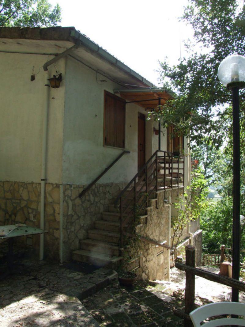 Rocca di Botte Vendita VILLA UNIFAMILIARE Immagine 0