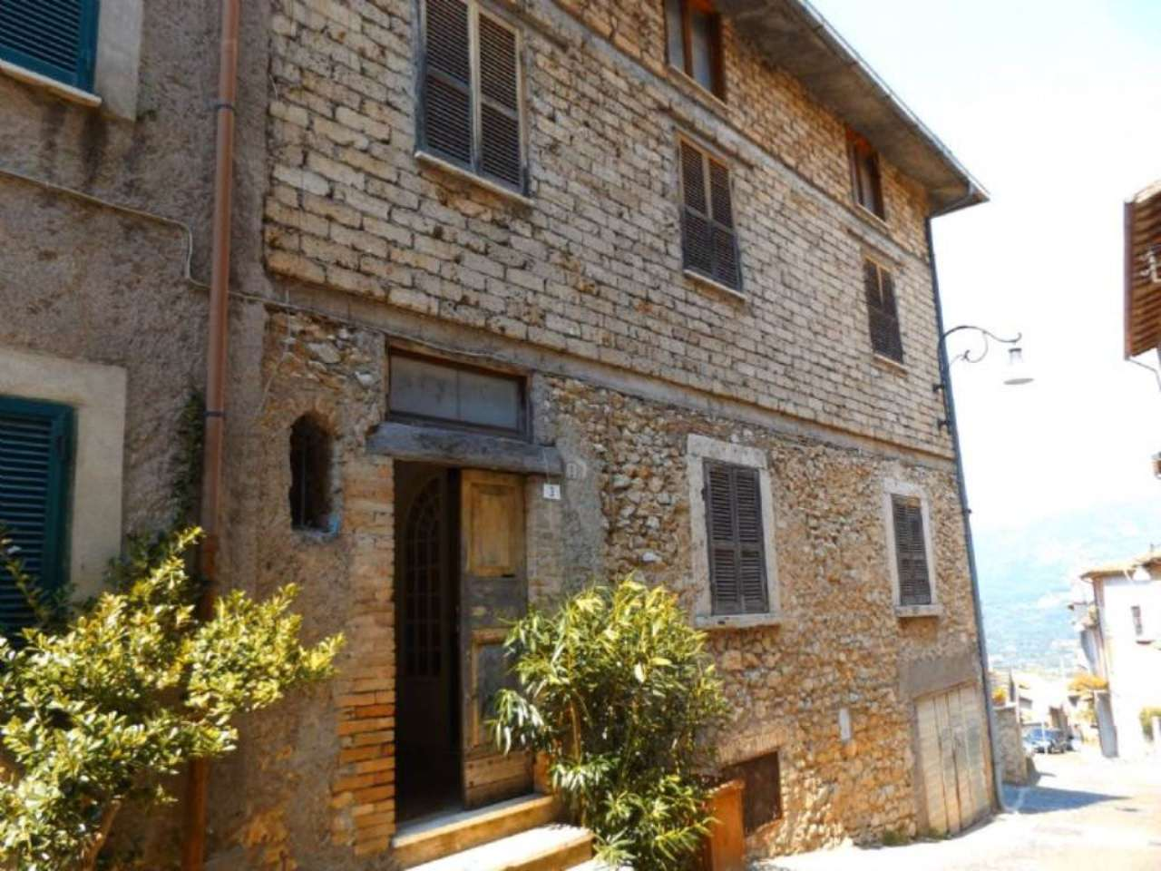 Palazzo / Stabile in vendita a Anticoli Corrado, 5 locali, prezzo € 169.000 | Cambio Casa.it