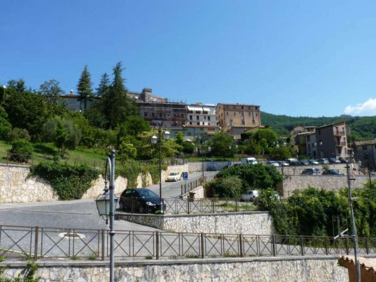 Palazzo / Stabile in Vendita a Arsoli