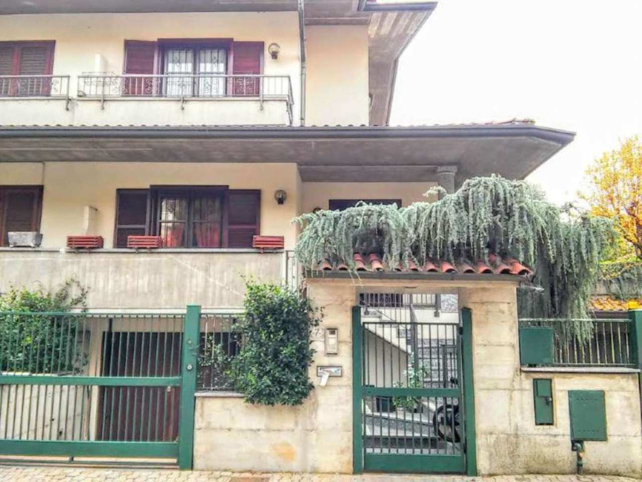 Villa Bifamiliare in vendita a Verano Brianza, 4 locali, prezzo € 399.000 | Cambio Casa.it