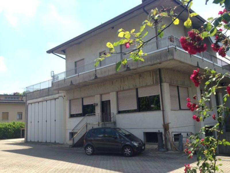 Immobile Commerciale in vendita a Costa Masnaga, 6 locali, prezzo € 990.000 | Cambio Casa.it