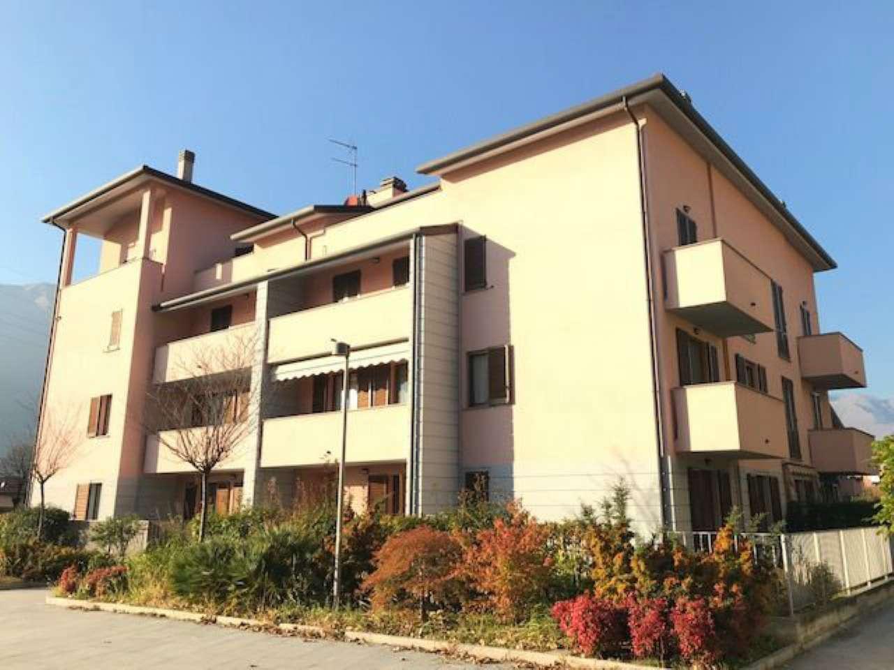 Appartamento in vendita a Dervio, 2 locali, prezzo € 155.000 | CambioCasa.it