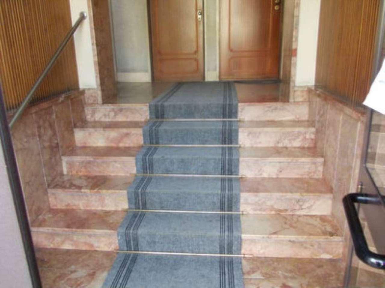 Bilocale Genova Via Bonacchi 12