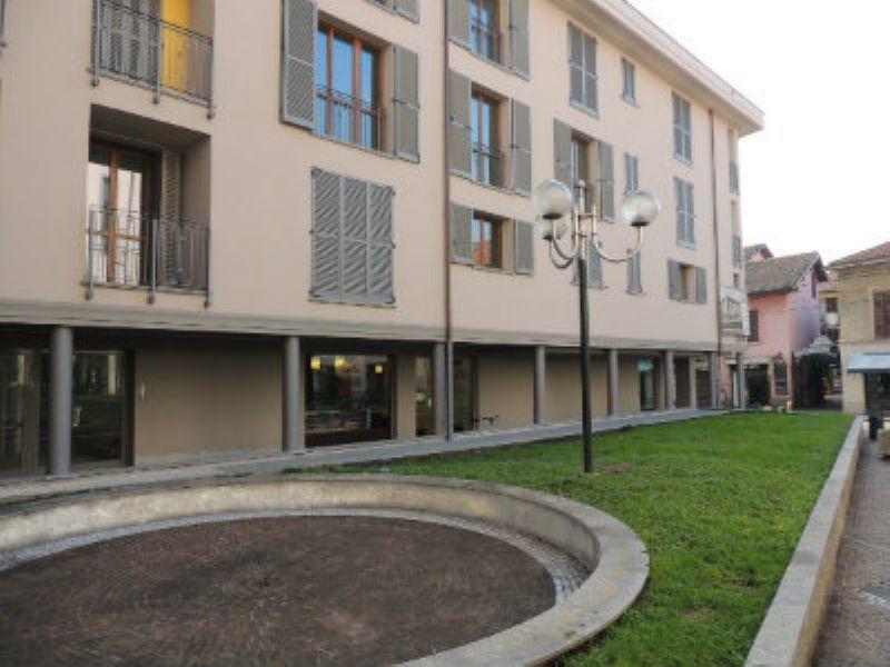 Bilocale Desio Via San Pietro 1