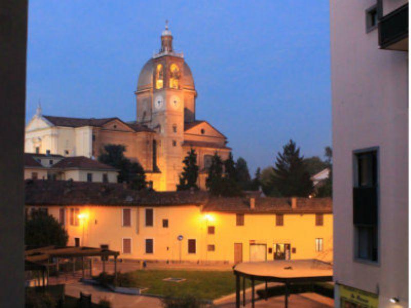 Bilocale Desio Via San Pietro 7