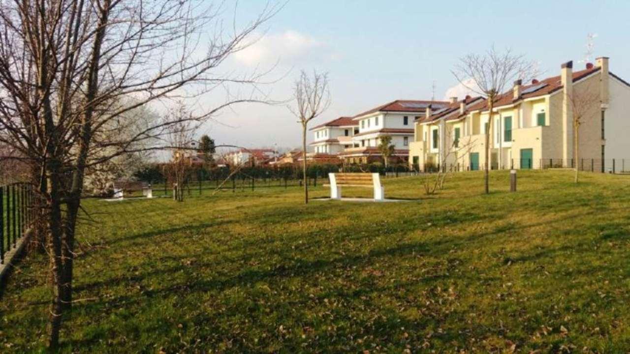 Bilocale Desio Via Mantova 7