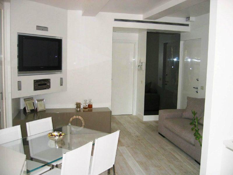Appartamento in vendita a Desio, 2 locali, prezzo € 137.000   Cambio Casa.it