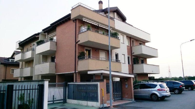 Appartamento in vendita a Desio, 2 locali, prezzo € 138.000   Cambio Casa.it