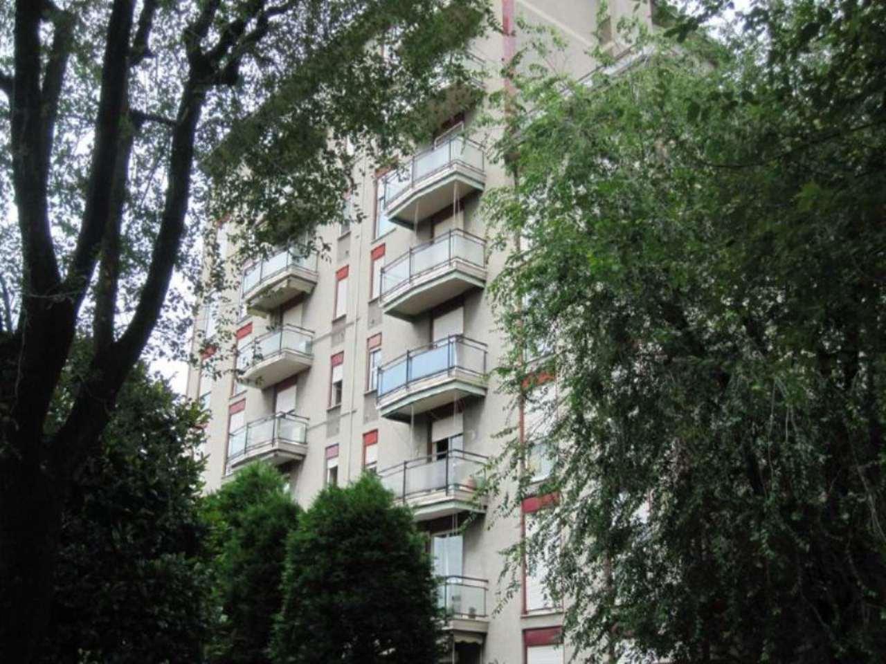 Bilocale Desio Via Roma 9