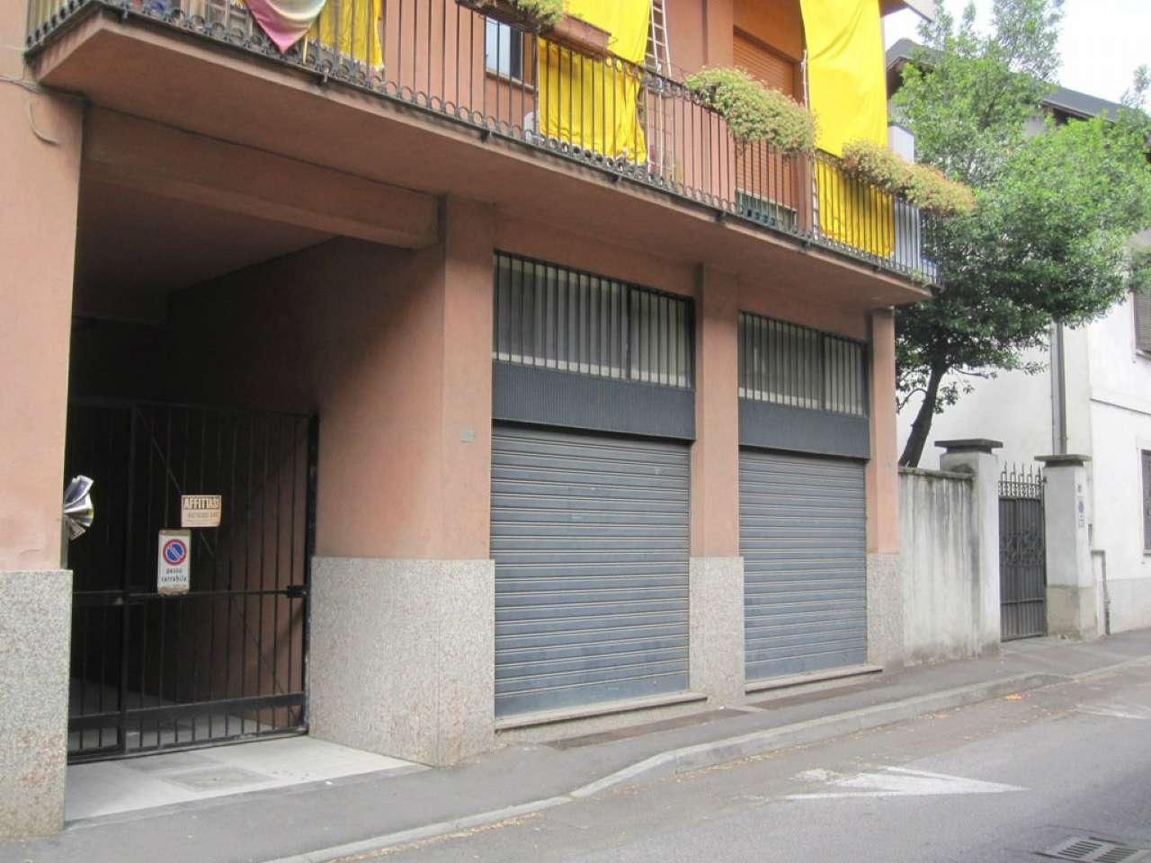 Negozio / Locale in affitto a Desio, 2 locali, prezzo € 350 | Cambio Casa.it