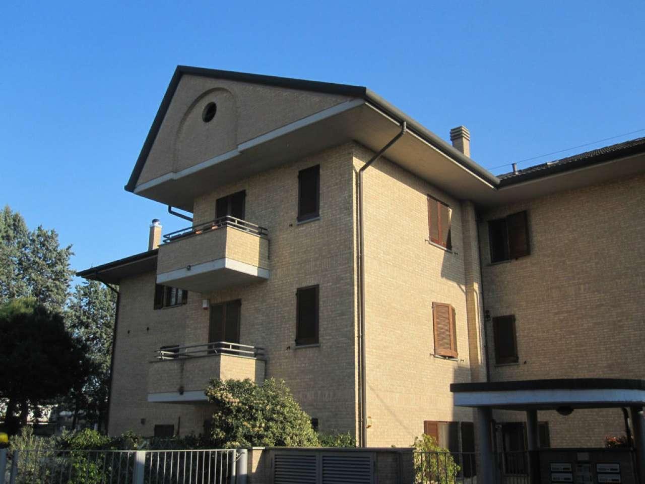 Appartamento in vendita a Desio, 3 locali, prezzo € 160.000 | CambioCasa.it