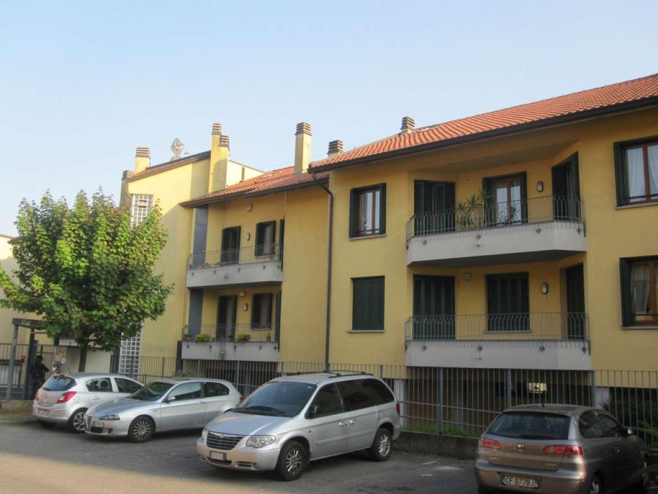 Ufficio / Studio in affitto a Desio, 4 locali, prezzo € 550 | CambioCasa.it