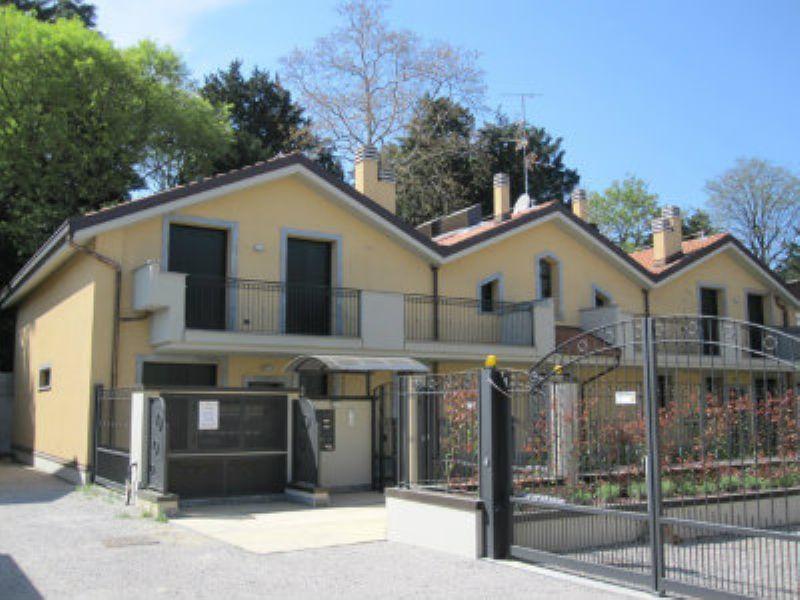 Appartamento in vendita a Desio, 2 locali, prezzo € 155.000 | Cambiocasa.it