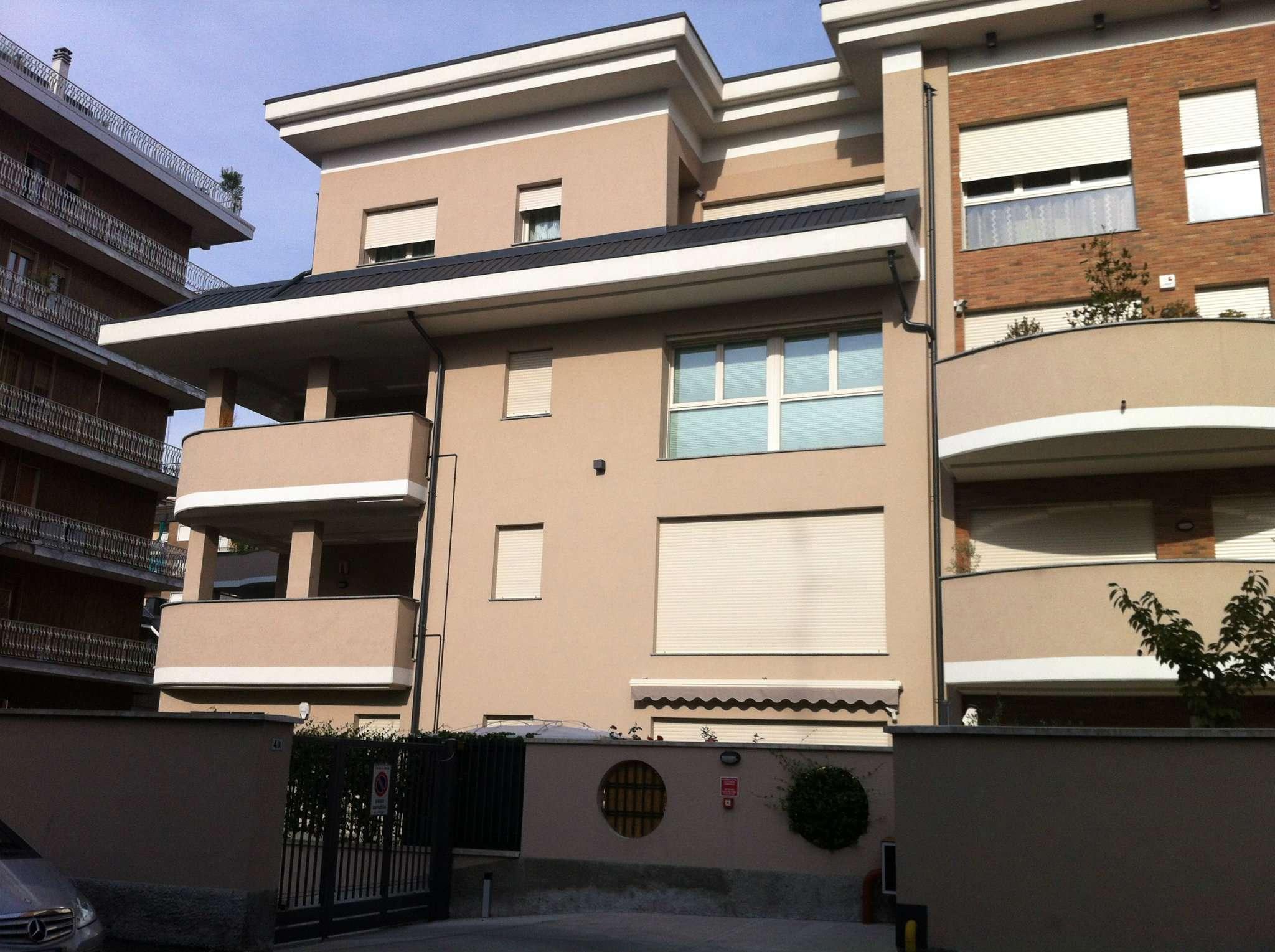 Bilocale Bresso Via Mattei 12