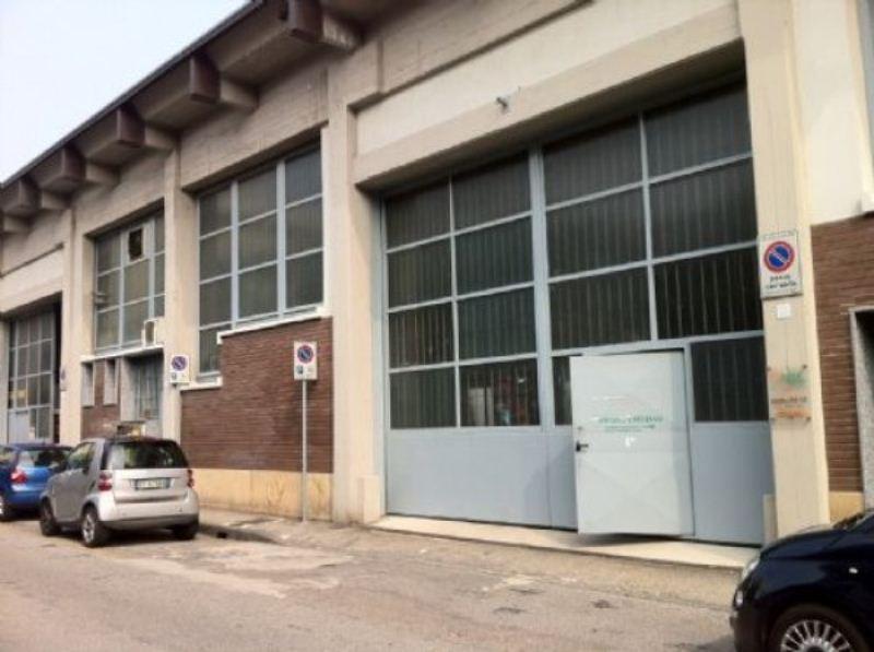 Capannone in affitto a Bresso, 9999 locali, prezzo € 2.083 | Cambio Casa.it