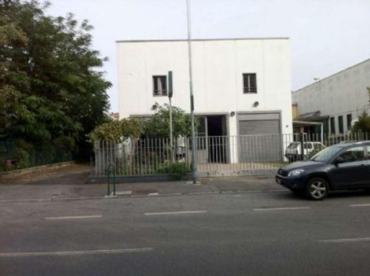 Capannone in vendita a Cormano, 9999 locali, prezzo € 360.000 | Cambio Casa.it