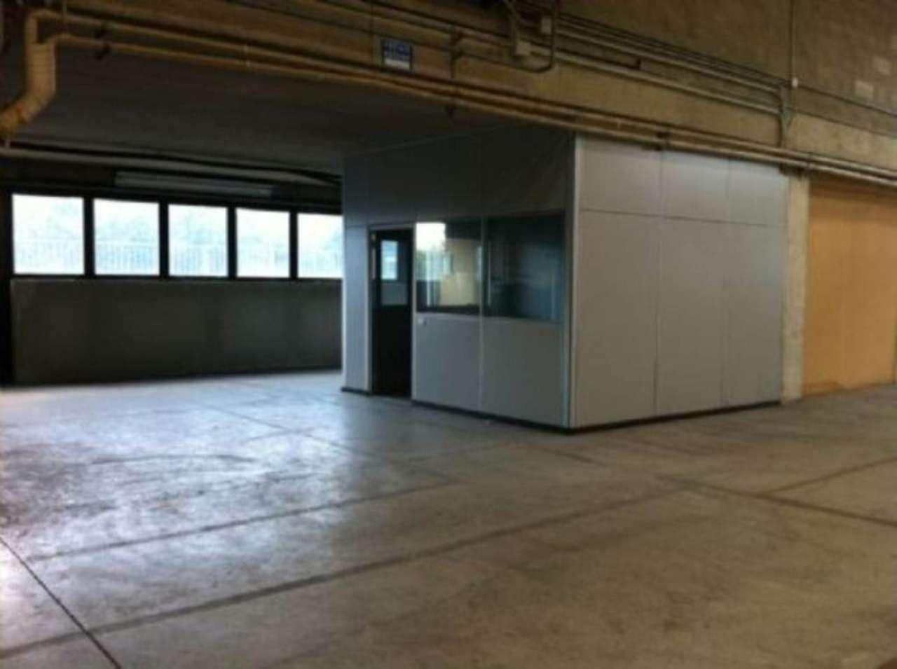 Capannone in vendita a Cinisello Balsamo, 1 locali, prezzo € 380.000 | Cambio Casa.it