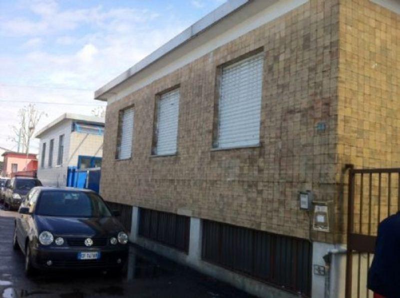 Capannone in affitto a Cinisello Balsamo, 2 locali, prezzo € 1.500 | Cambio Casa.it