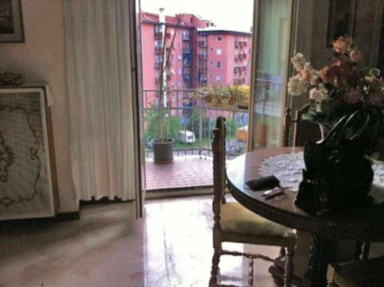 Bilocale Milano Via Ornato 5