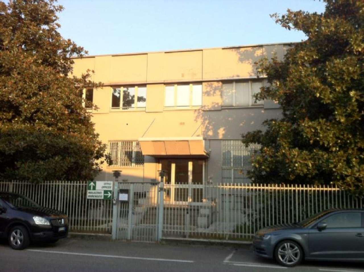 Capannone in affitto a Cinisello Balsamo, 1 locali, prezzo € 15.000 | Cambio Casa.it