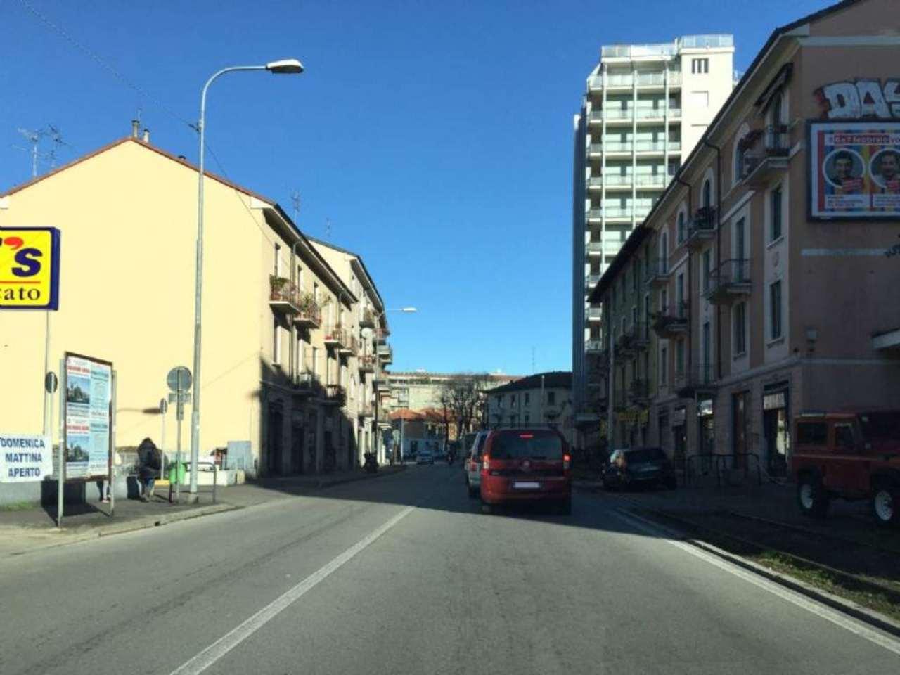 Negozio / Locale in affitto a Bresso, 2 locali, prezzo € 933 | Cambio Casa.it
