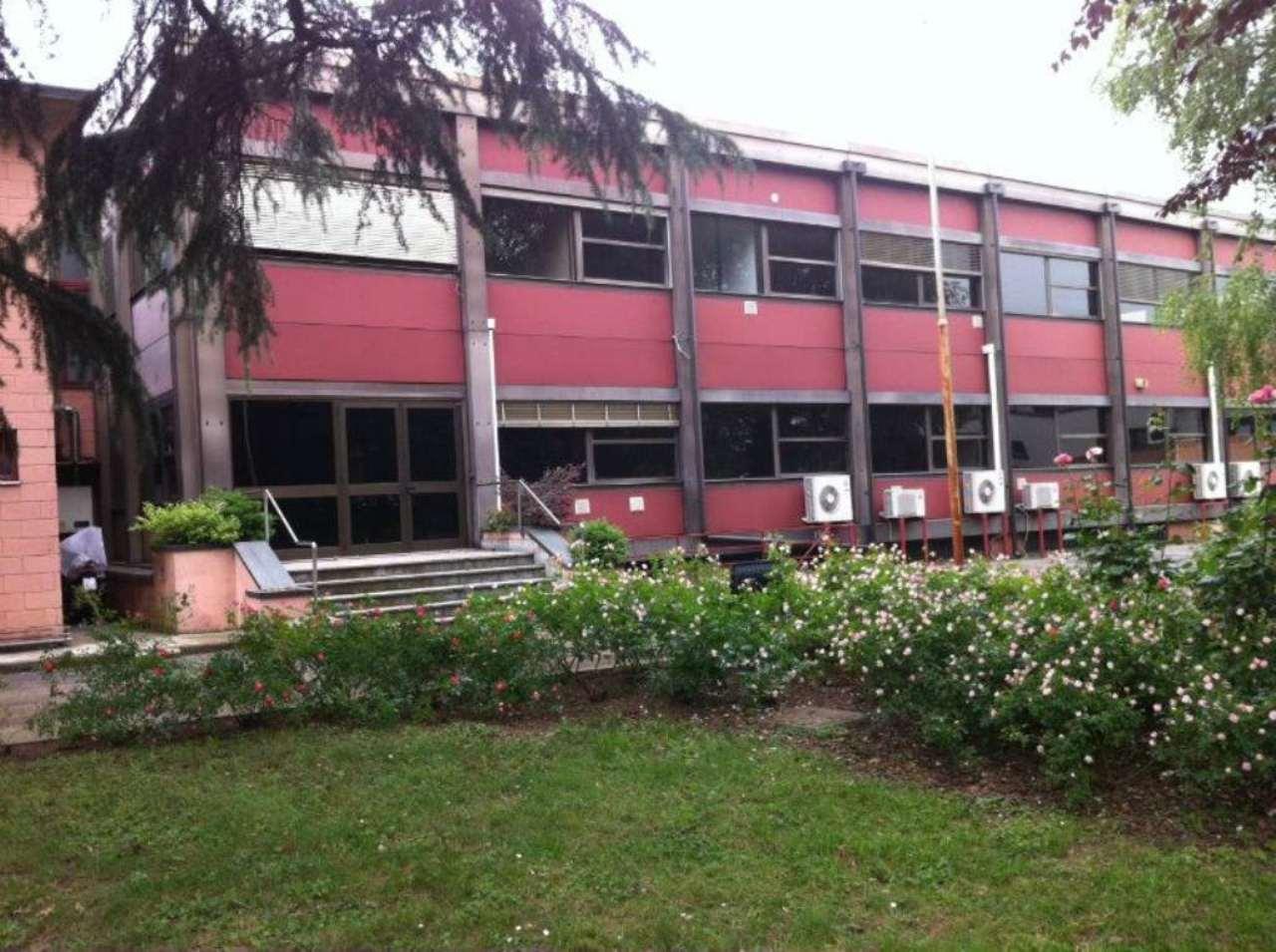Capannone in vendita a Paderno Dugnano, 1 locali, Trattative riservate | Cambio Casa.it