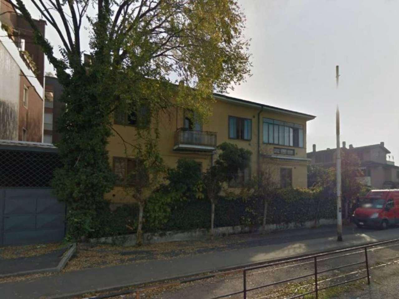 Bilocale Bresso Via Vittorio Veneto 1