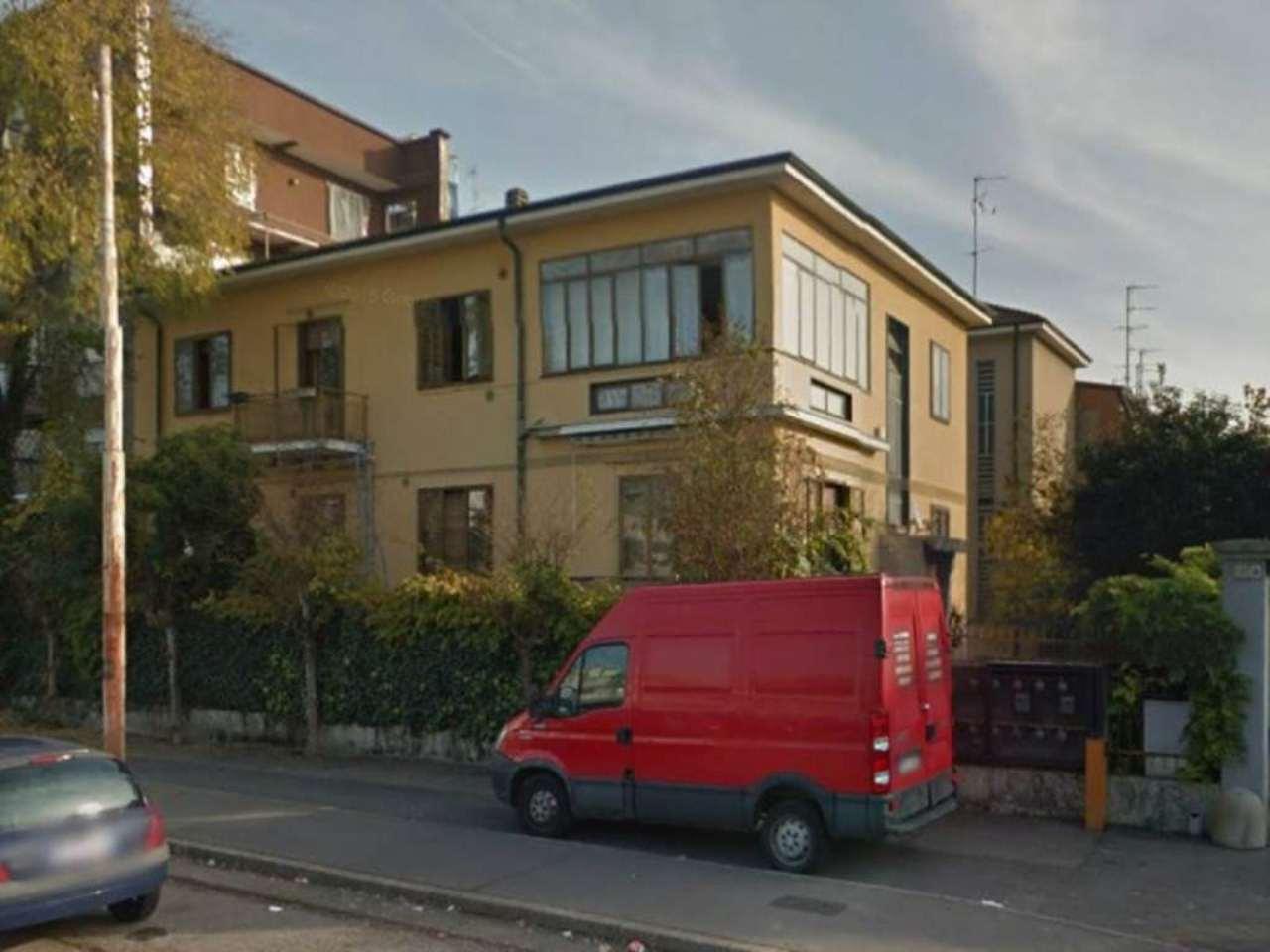 Bilocale Bresso Via Vittorio Veneto 2