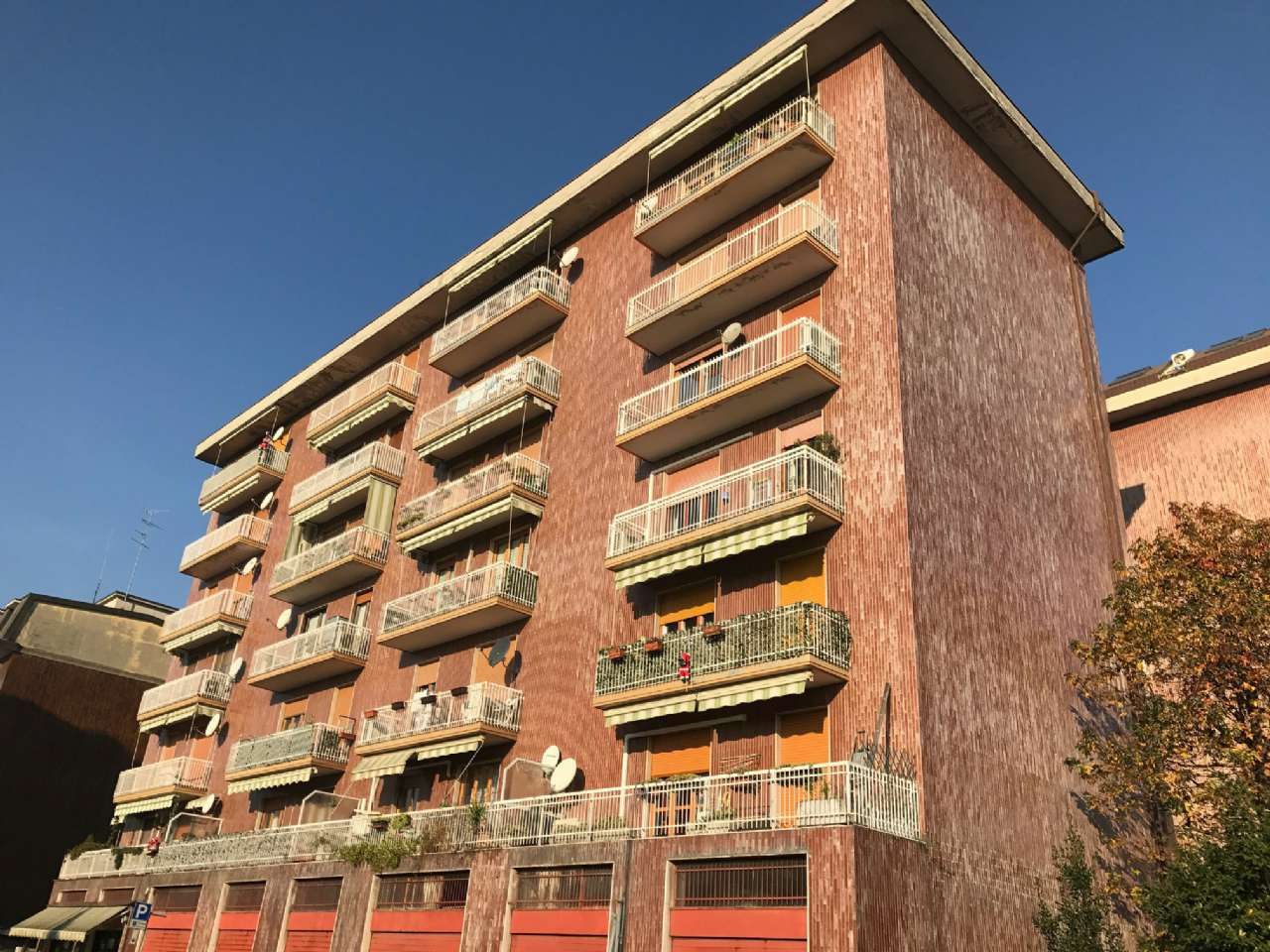 Appartamento in vendita a Garbagnate Milanese, 3 locali, prezzo € 78.000 | Cambio Casa.it