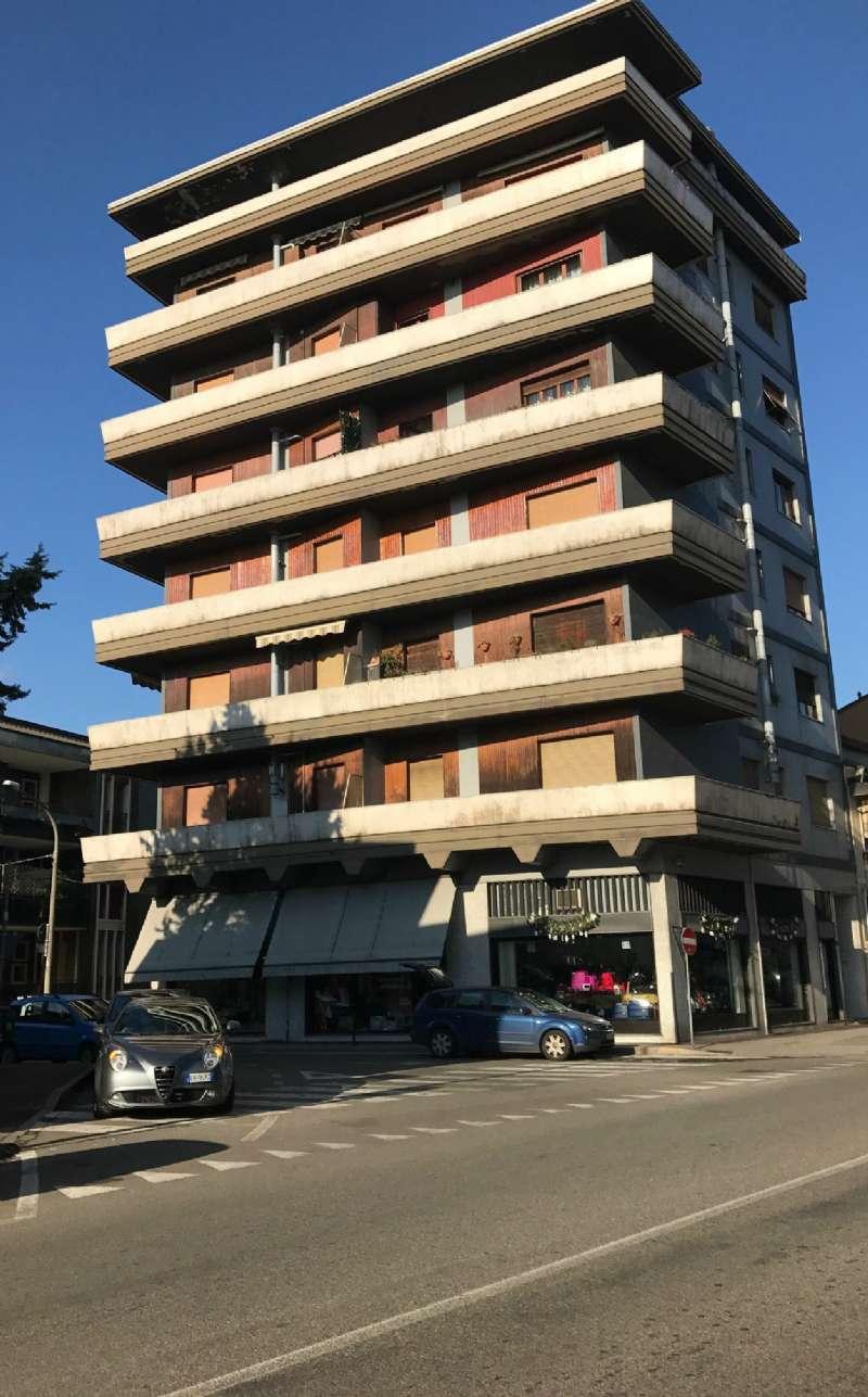 Appartamento in affitto a Cusano Milanino, 3 locali, prezzo € 500 | Cambio Casa.it