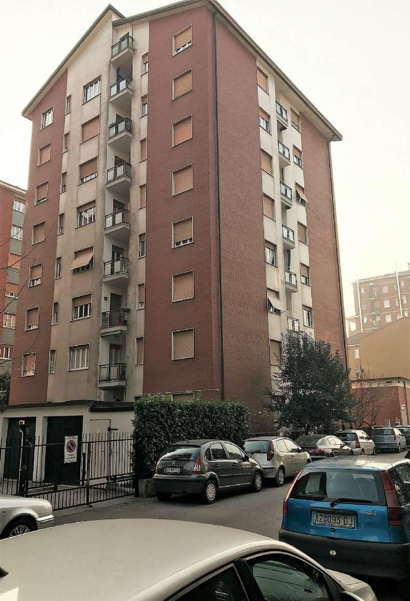 Appartamento in vendita a Bresso, 2 locali, prezzo € 120.000 | Cambio Casa.it