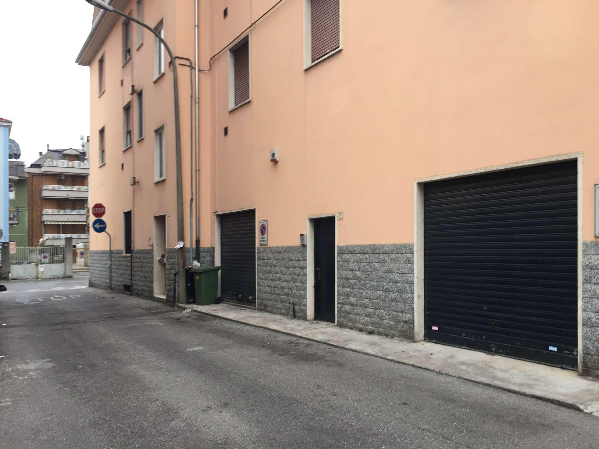 Laboratorio in vendita a Bresso, 2 locali, prezzo € 70.000 | Cambio Casa.it