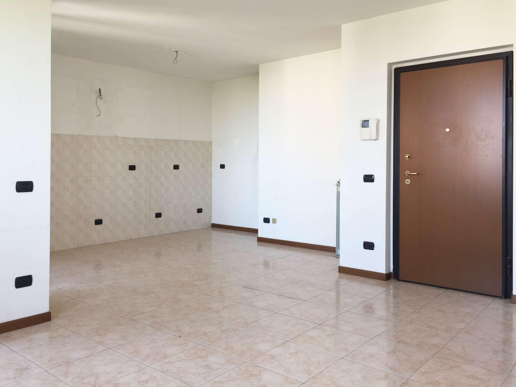 Appartamento in affitto a Bresso, 2 locali, prezzo € 600 | Cambio Casa.it