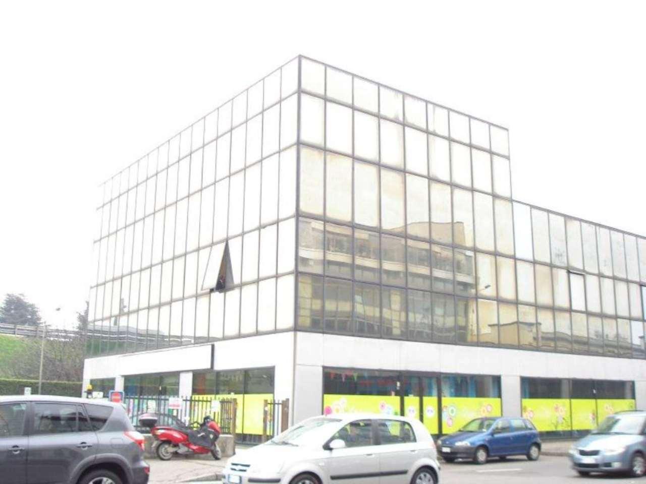 Ufficio / Studio in affitto a Bresso, 3 locali, prezzo € 800 | Cambio Casa.it