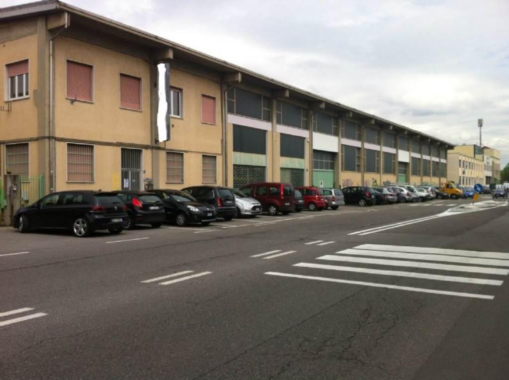 Capannone in vendita a Bresso, 1 locali, prezzo € 1.980.000 | Cambio Casa.it