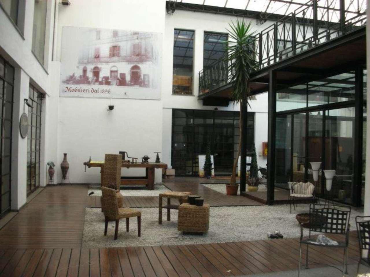 Immobile Commerciale in vendita a Lissone, 24 locali, Trattative riservate | Cambio Casa.it