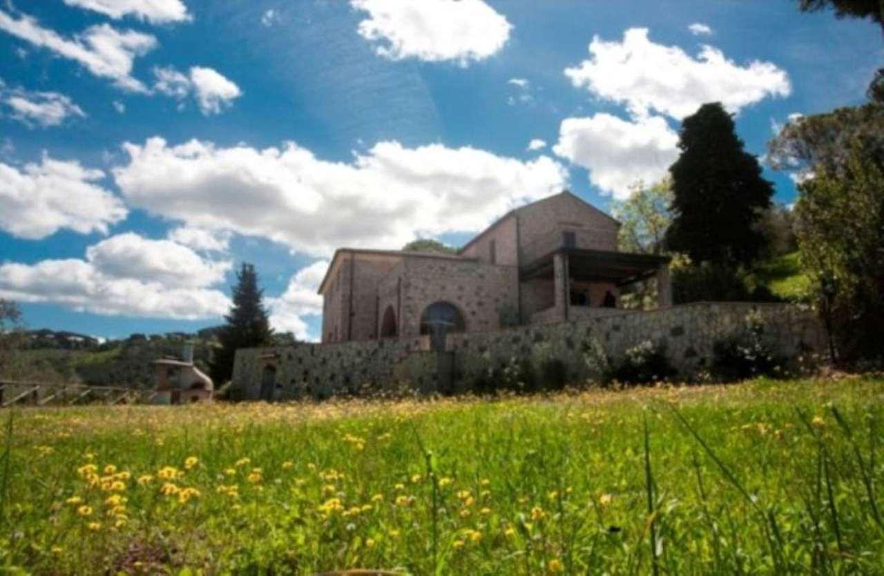 Rustico / Casale in vendita a Castagneto Carducci, 10 locali, Trattative riservate | Cambio Casa.it