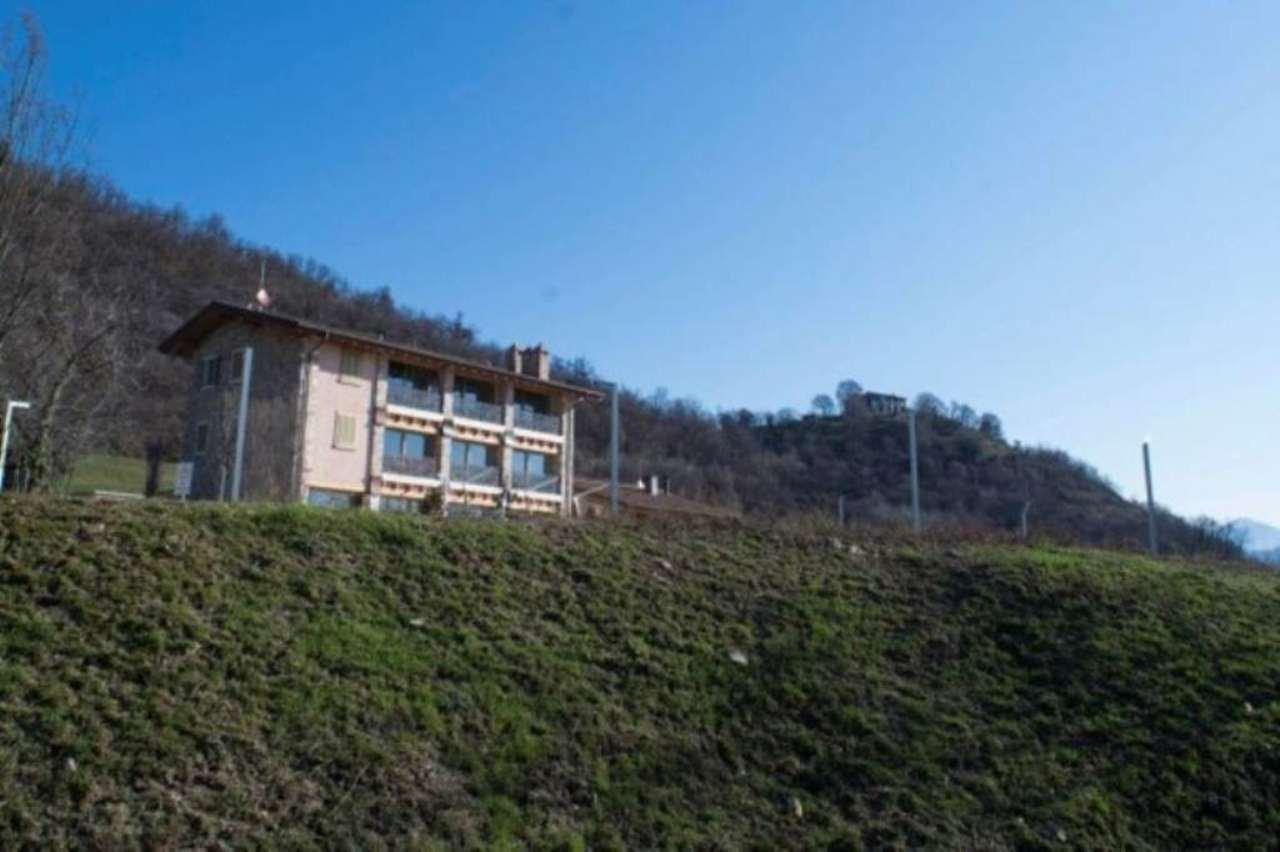 Villa in vendita a San Paolo d'Argon, 6 locali, Trattative riservate | CambioCasa.it