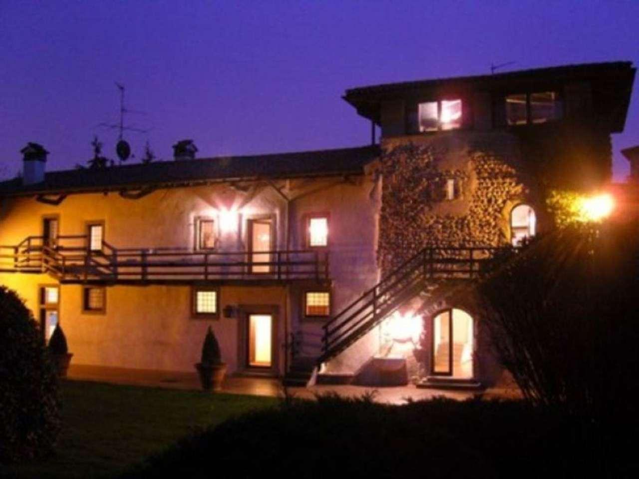 Villa in vendita a Brembate di Sopra, 6 locali, prezzo € 2.500.000 | Cambio Casa.it