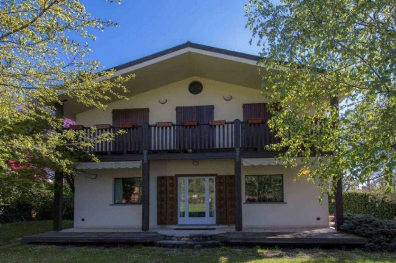 Villa in vendita a Ranica, 5 locali, prezzo € 720.000 | Cambio Casa.it