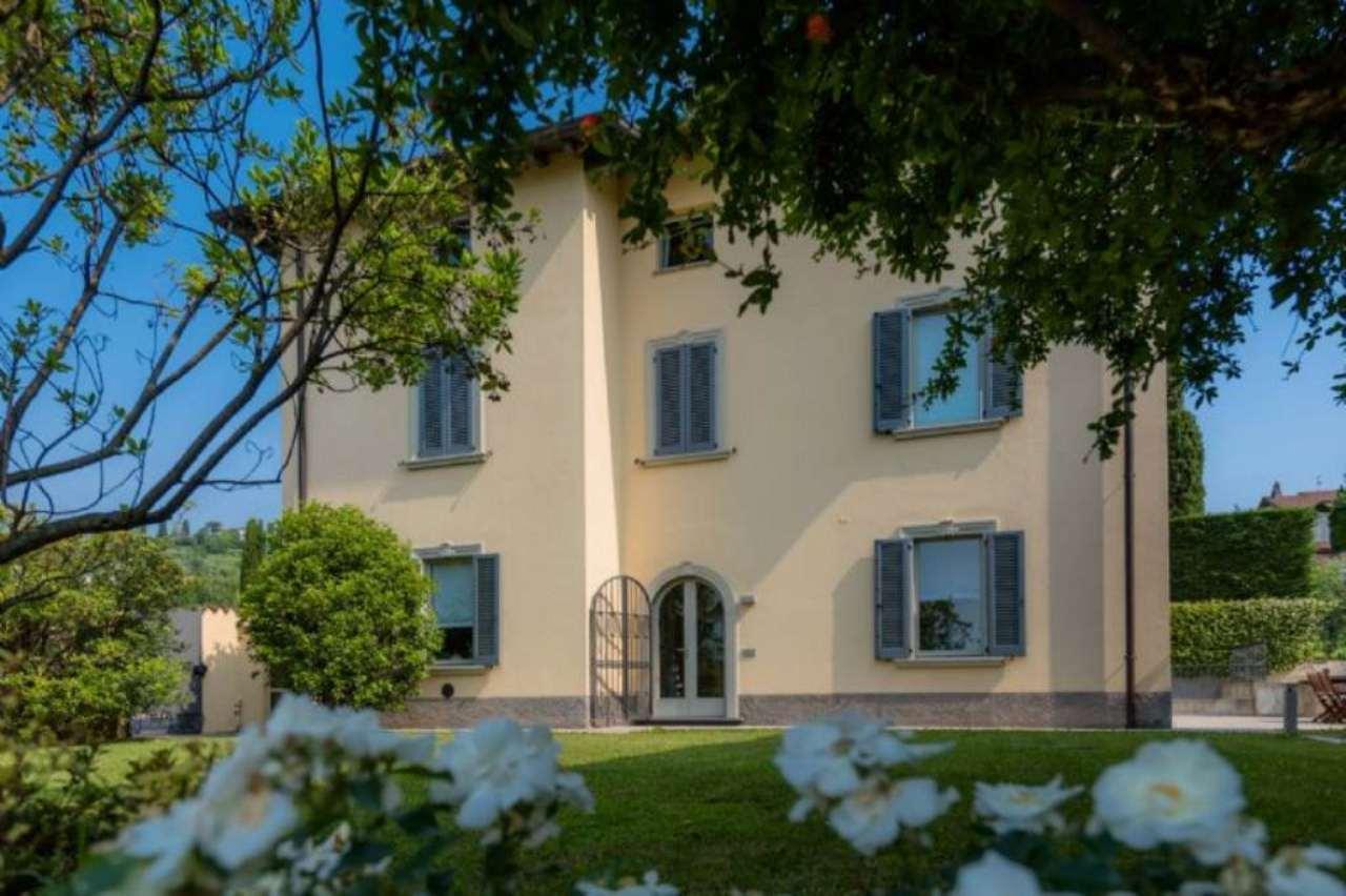 Villa in vendita a Bergamo, 10 locali, Trattative riservate | Cambio Casa.it