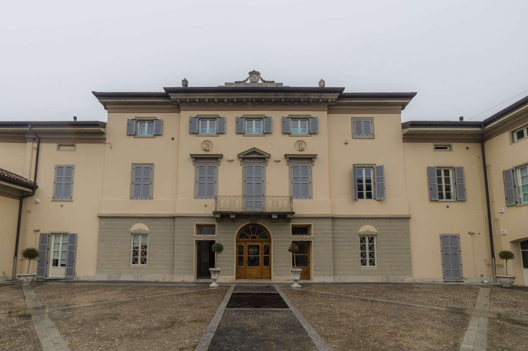 Appartamento in vendita a Ranica, 4 locali, prezzo € 580.000 | CambioCasa.it