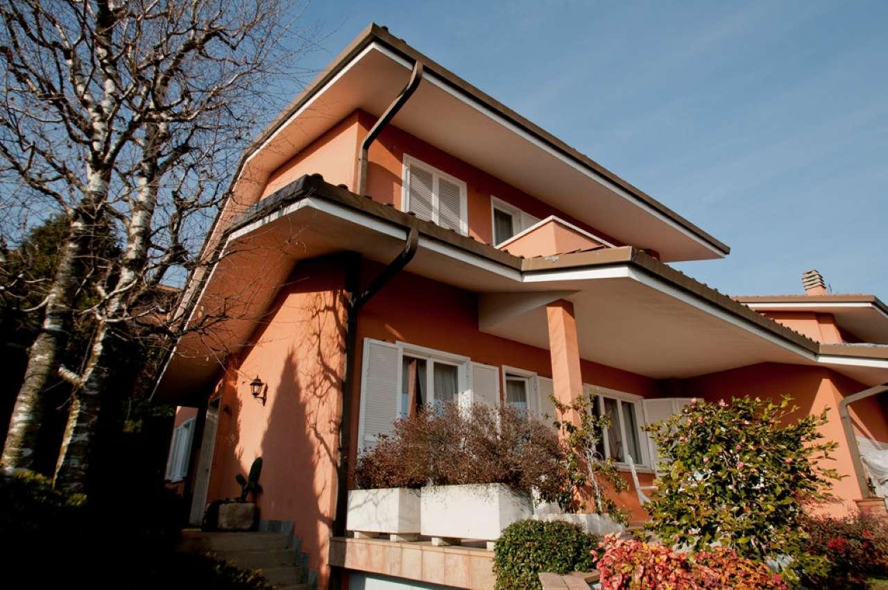 Villa in vendita a Ranica, 6 locali, prezzo € 830.000 | CambioCasa.it