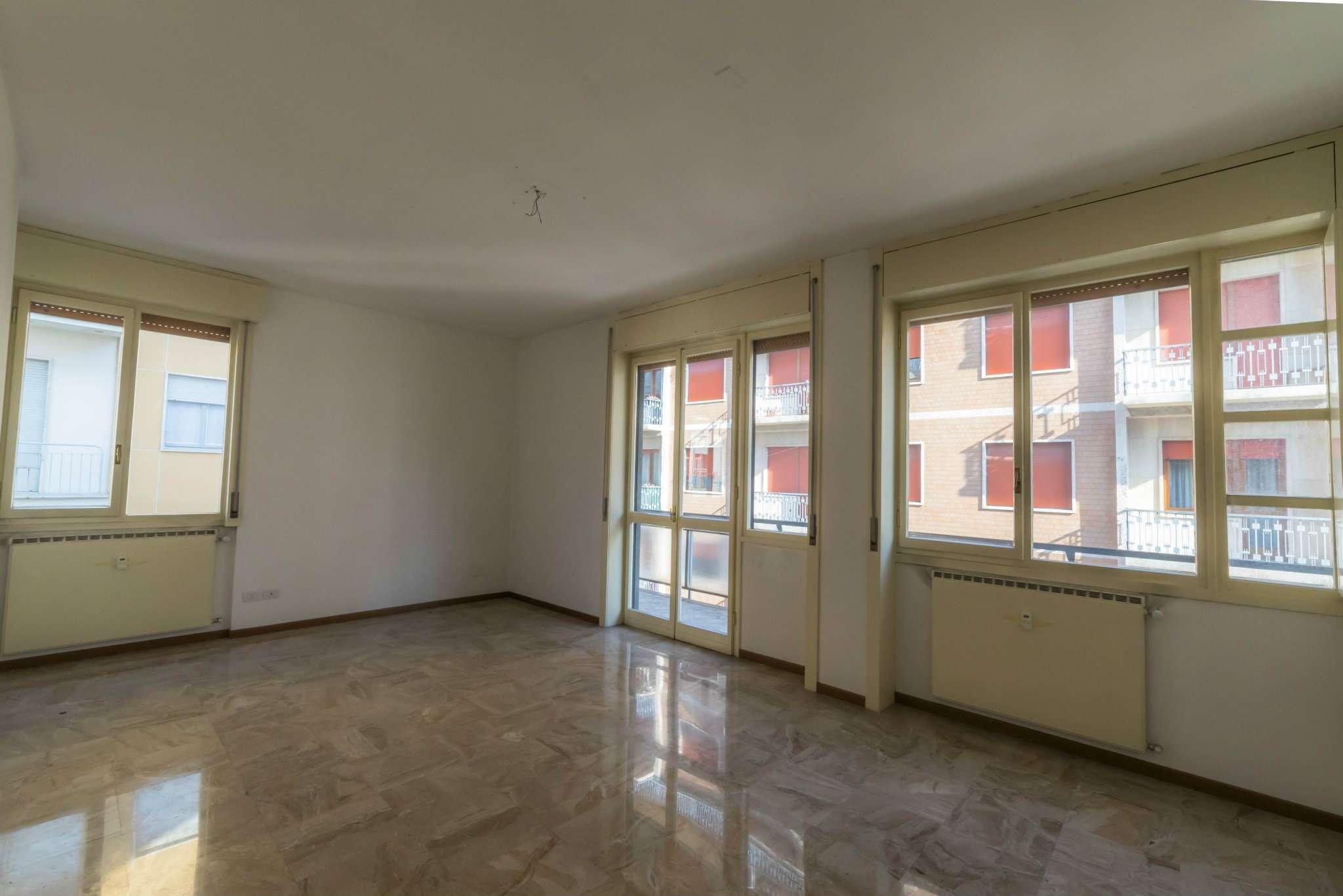 Appartamento in vendita a Bergamo, 4 locali, prezzo € 495.000 | CambioCasa.it