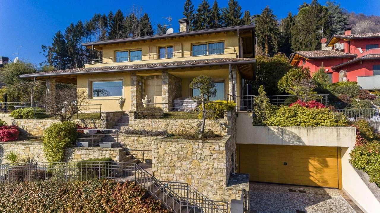 Villa in vendita a Alzano Lombardo, 6 locali, Trattative riservate | Cambio Casa.it