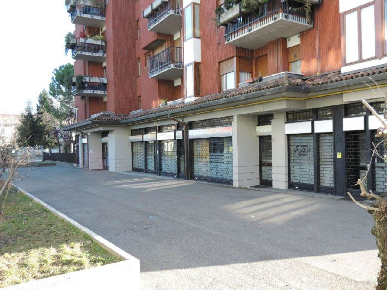 Negozio / Locale in affitto a Bergamo, 1 locali, prezzo € 5.000 | CambioCasa.it
